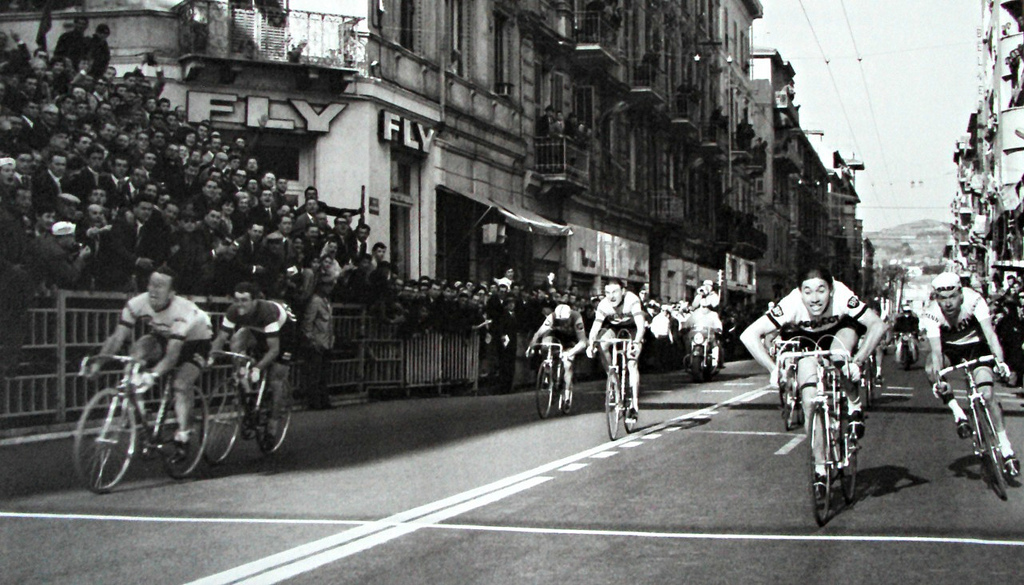eddy-merckx-vince-la-prima-milano-sanremo-nel-1966